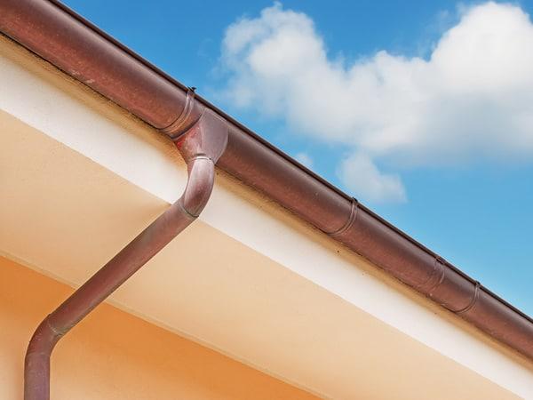 Montaggio-gronde-in-alluminio-Lissone